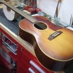 Gibson LG-1 66年製 ブリッジ作成・ブリッジプレート補修・オフセットサドル作成&すり合わせ